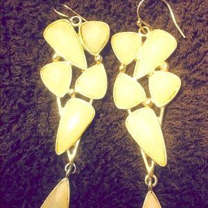 Jewelry - Ivory stone gold earrings